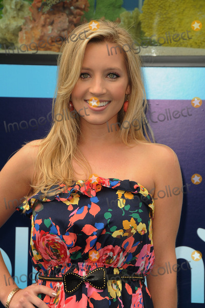 Ashley White Photo - Ashley White arriving at the Premiere of Dolphin Tale at The Village Theatre on September 17 2011 in Westwood California