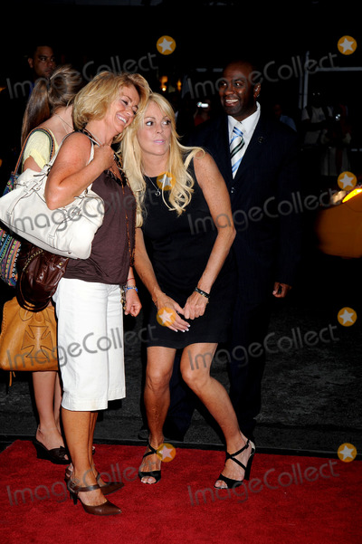 Ali Lohan Photo - Dina Lohan (center) mother of Lindsay and Ali Lohan attends the Sisterhood of the Traveling Pants 2 premiere held at the Ziegfeld Theatre on July 28 2008 in New York