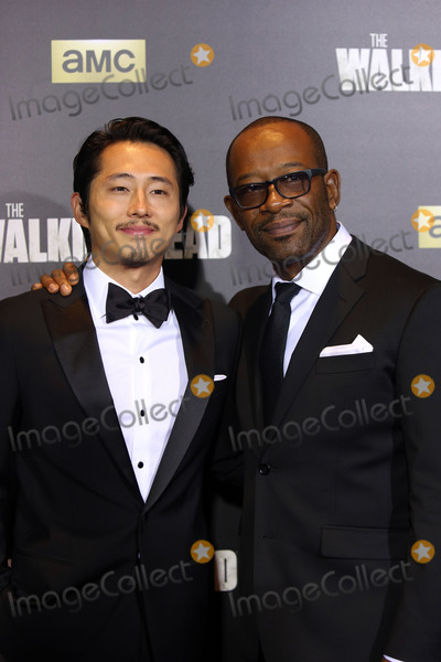 Lenny James Photo - October 9 2015 New York CitySteven Yeun (L) and Lennie James arriving at the season six premiere of The Walking Dead at Madison Square Garden on October 9 2015 in New York CityBy Line Philip VaughanACE PicturesACE Pictures Inctel 646 769 0430