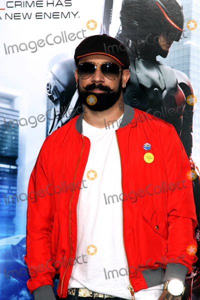 AJ McLean Photo - February 10 2014 New York CityAJ McLean arriving at the Los Angeles premiere of Robocop at TCL Chinese Theatre on February 10 2014 in Hollywood California