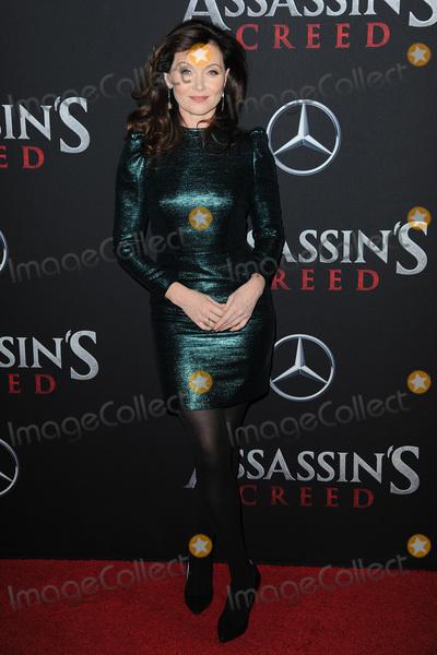 Essie Davis Photo - December 13 2016  New York CityEssie Davis attending the Assassins Creed New York premiere at AMC Empire 25 theater on December 13 2016 in New York CityCredit Kristin CallahanACE PicturesTel 646 769 0430