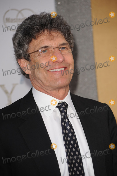 Alan Horn Photo - President and CEO of Warner Bros Entertainment Inc Alan Horn arriving at the world premiere of Sex in The City 2 at Radio City Music Hall on May 24 2010 in New York City