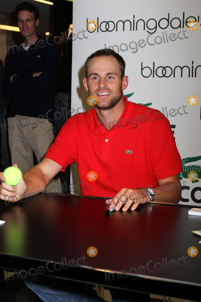 Andy Roddick Photo - Tennis champion Andy Roddick promotes Lacoste at Bloomingdales on November 30 2011 in New York City