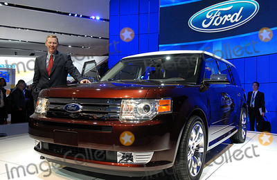 Alan Mulally Photo - Alan Mulally President and CEO Ford Motor Company unveils the 2009 Ford Flex at New York International Automobile Show held at Jacob Javits Convention Center