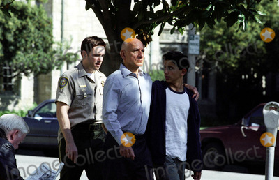 Ben Kingsley Photo - RON ELDARD BEN KINGSLEY JONATHAN AHDOUT in the drama House of Sand and Fog 2003