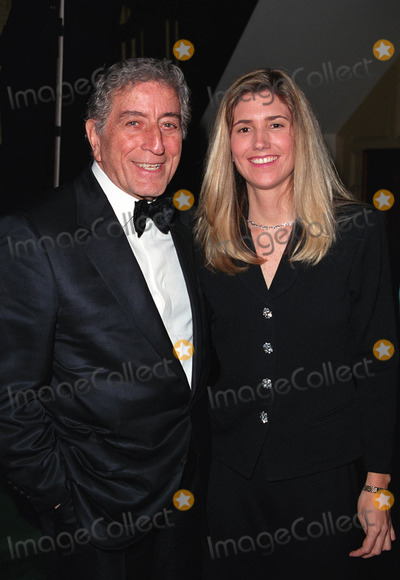 Peter O Toole Photo - Tony Bennett and Susan Crow at the Players Clubs Pipe Night For Peter OToole Benefit in New York January 27 2002  2002 by Alecsey BoldeskulNY Photo Press  ONE-TIME REPRODUCTION RIGHTS