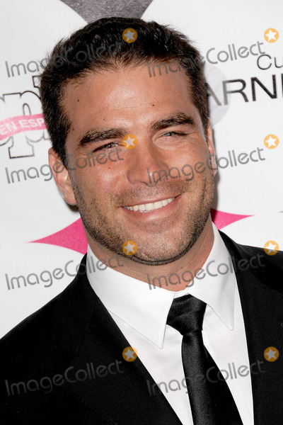 Alejandro Nones Photo - Alejandro Nones attends the People En Espanol 50 Most Beautiful event at Guastavinos on May 19  2011 in New York City