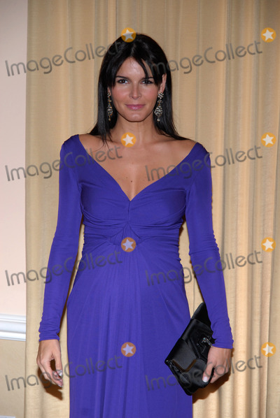 ANGIE HARMAN Photo - Actress Angie Harman attends the International Womens Media Foundations Courage in Journalism Awards at the Beverly Hills Hotel on October 16 2008 in Beverly Hills California
