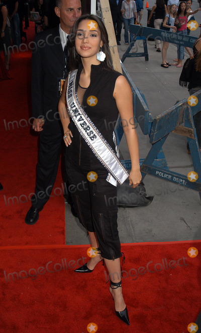 Amelia Vega Photo - Amelia Vega Miss Universe at the New York Premiere of Once Upon A Time In Mexico New York September 7 2003