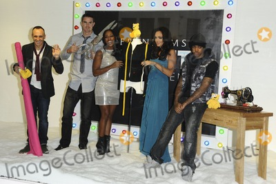 Kevin Pietersen Photo - Kevin Pietersen Alexandra Burke Tamara Ecclestone and Chipmunk pose in Debenhams shop window in aid of Children in Need Oxford Street London 09112011 Picture by Steve Vas  Featureflash