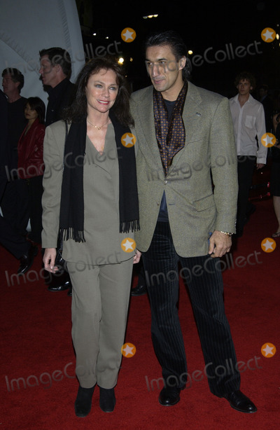 Emin Boztepe Photo - Actress JACQUELINE BISSET  boyfriend EMIN BOZTEPE at the General Motors ten - Cars Stars and Oscars party in HollywoodMarch 18 2003 Paul Smith  Featureflash