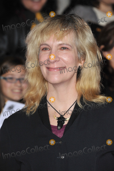 Amanda Plummer Photo - Amanda Plummer at the US premiere of her movie The Hunger Games Catching Fire at the Nokia Theatre LA LiveNovember 18 2013  Los Angeles CAPicture Paul Smith  Featureflash