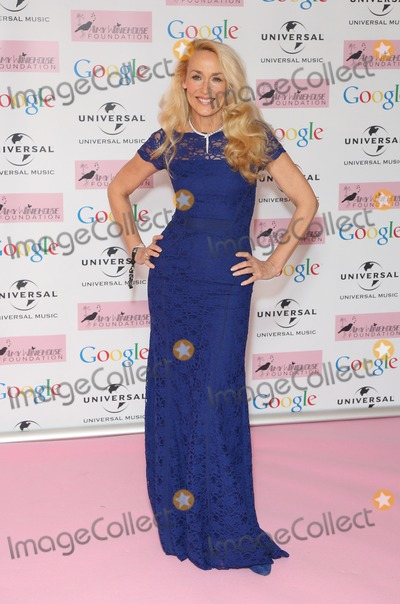 Amy Winehouse Photo - Jerry Hall arriving for the Amy Winehouse Foundation Dinner London 20112013 Picture by Henry Harris  Featureflash