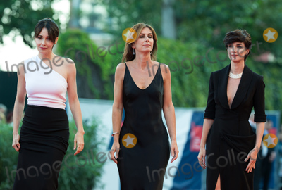 Anita Caprioli Photo - Paz Vega Alix Delaporte and Anita Caprioli at the closing ceremony at the premiere of Lao Pao Er at the 2015 Venice Film FestivalSeptember 12 2015  Venice ItalyPicture Kristina Afanasyeva  Featureflash