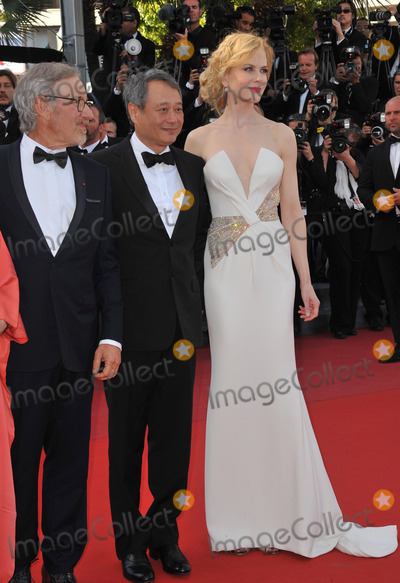 Cannes Jury Photo - Cannes Jury president Steven Spielberg  jury members Nicole Kidman  Ang Lee at the closing awards gala of the 66th Festival de CannesMay 26 2013  Cannes FrancePicture Paul Smith  Featureflash