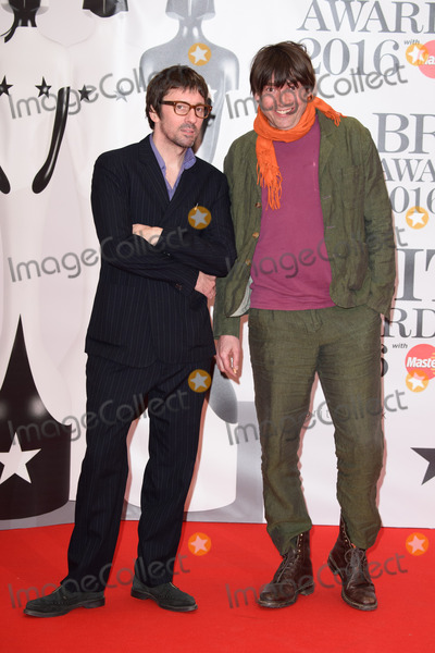 Alex James Photo - Graham Coxon  Alex James at The BRIT Awards 2016 at the O2 Arena LondonFebruary 24 2016  London UKPicture Steve Vas  Featureflash