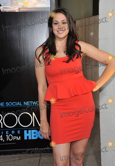 Kelen Coleman Photo - Kelen Coleman at the Los Angeles premiere for HBOs new series The Newsroom at the Cinerama Dome HollywoodJune 21 2012  Los Angeles CAPicture Paul Smith  Featureflash