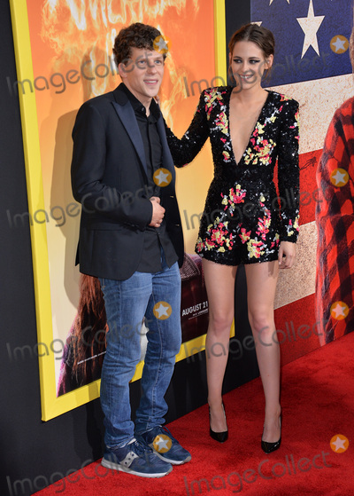Jesse Eisenberg Photo - Jesse Eisenberg  Kristen Stewart at the world premiere of their movie American Ultra at The Ace Hotel DowntownAugust 18 2015  Los Angeles CAPicture Paul Smith  Featureflash