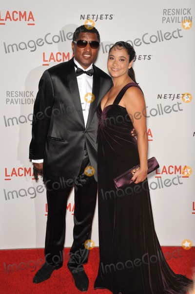 Kenny Edmonds Photo - Kenny Babyface Edmonds  wife at a benefit gala at the Los Angeles County Museum of Art (LACMA) to celebrate the official unmasking of the museums newest building The Lynda and Stewart Resnick Exhibition PavilionSeptember 25 2010  Los Angeles CAPicture Paul Smith  Featureflash