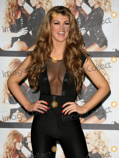 Amy Willerton Photo - Signed By Katie Price winner Amy Willerton poses at the presscall The Worx London 19012012  Picture by Alexandra Glen  Featureflash