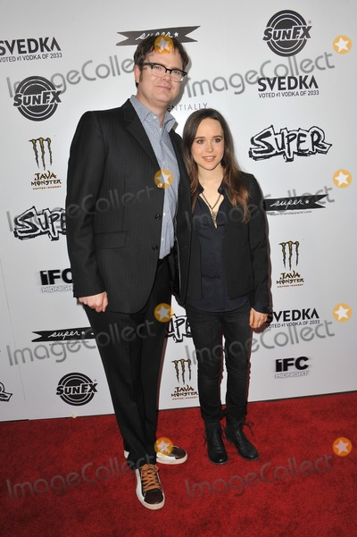 Ellen Page Photo - Ellen Page  Rainn Wilson at the Los Angeles premiere of their new movie Super at the Egyptian Theatre HollywoodMarch 21 2011  Los Angeles CAPicture Paul Smith  Featureflash