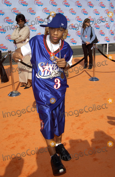Lil Bow Wow Photo - Singer LIL BOW WOW at Nickelodeons 15th Annual Kids Choice Awards in Santa Monica 20APR2002 Paul Smith  Featureflash
