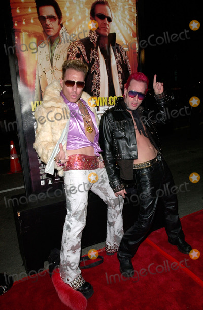 Alexis Arquette Photo - Actor ALEXIS ARQUETTE (right)  friend CANDYASS at the Hollywood premiere of 3000 Miles to Graceland20FEB2001     Paul SmithFeatureflash