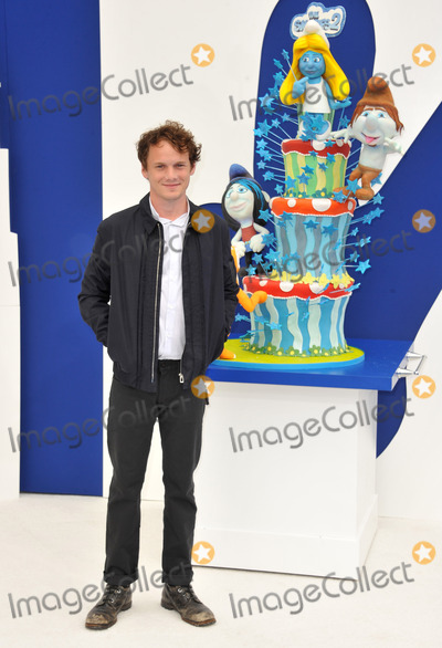 Anton Yelchin Photo - Anton Yelchin at the Los Angeles premiere of his movie The Smurfs 2 at the Regency Village Theatre WestwoodJuly 28 2013  Los Angeles CAPicture Paul Smith  Featureflash