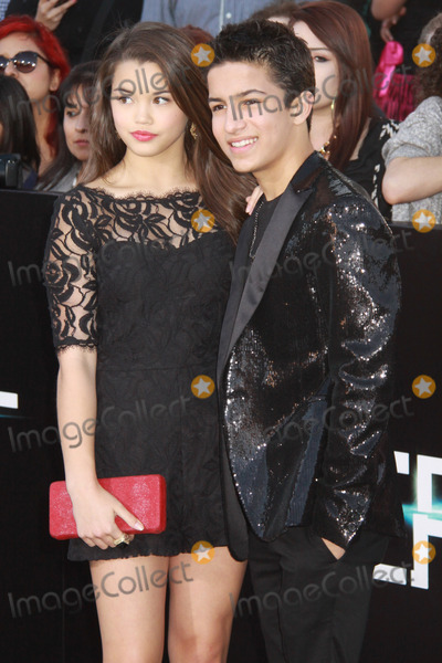Aramis Knight Photo - Paris Maryjo Berelc Aramis Knight 03182014 The World Premiere of Divergent held at The Regency Bruin Theatre in Westwood CA Photo by Izumi Hasegawa  HollywoodNewsWirenet