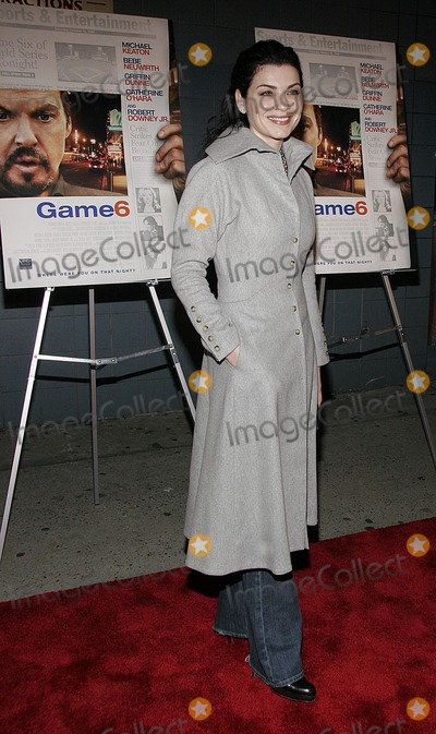 Julianne Margulies Photo - Julianne Margulies attends the premiere of Game 6 on March 9 2006 in New York City