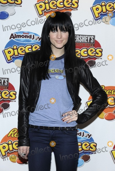 Ashlee Simpson-Wentz Photo - Actress Ashlee Simpson-Wentz helps introduce the new Hershey candies and wrapper rewards program at the Hershey store in Times Square in New York City on January 27 2010