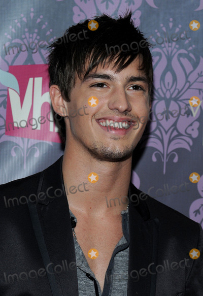 Asher Book Photo - Actor Asher Book attends the VH1 Divas concert at the Brooklyn Academy of Music in New York NY on September 17th 2009 (Pictured Asher Book)
