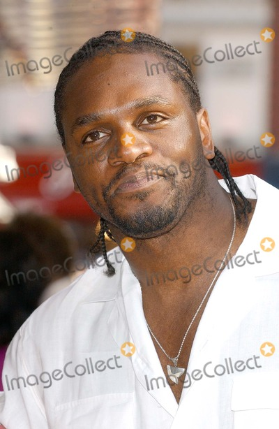 Audley Harrison Photo - London Audley Harrison at the UK Premiere of War of the Worlds held at the Odeon Leicester Square19 June 2005Eric BestLandmark Media
