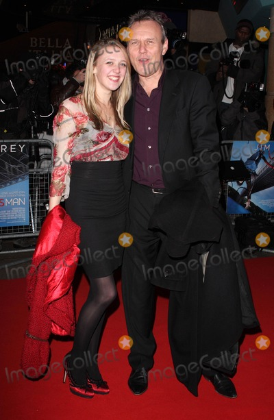 Anthony Head Photo - London UK Anthony Head and daughter at the World Premiere of Yes Man held at the Vue Cinema Leicester Square London 9th December 2008Keith MayhewLandmark Media