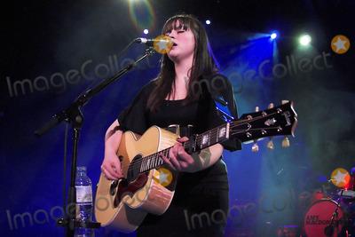Amy Mcdonald Photo - London UK Amy McDonald performs live at Shepherds Bush Empire in London 19th February 2008Neil LupinLandmark Media