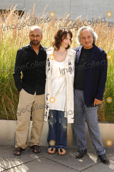 Akram Khan Photo - London UK Dancer and choreographer Akram Khan actress Juliette Binoche and Anish Kapoor(who is designing the set) attending the launch of the new dance theatre and film collaboration Jubi lation at Olivier Stalls Foyer level 2 National Theatre on the South Bank 4th July 2008Ali KadinskyLandmark Media