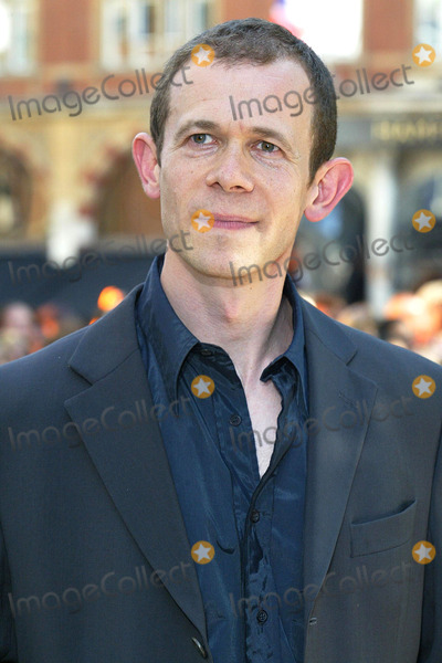 Adam Godley Photo - London Adam Godley at the UK Premiere of Charlie and the Chocolate Factory at the Odeon Leicester Square 17 July 2005Jenny RobertsLandmark Media