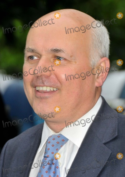 Ian Duncan Smith Photo - LondonUK Former Conservative Party leader Ian Duncan Smith   at the David Frost  Summer Garden Party in London 9th July 2008SydLandmark Media