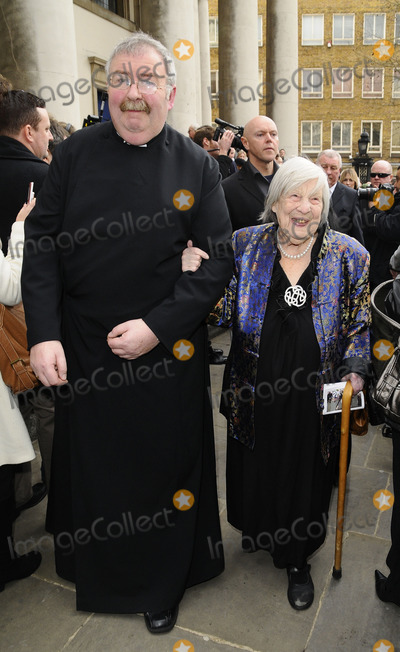 Anna Wing Photo - London UK Anna Wing attends the funeral service of actress Wendy Richard at St Marys Church on Marylebone High Street09 March 2009Can NguyenLandmark Media