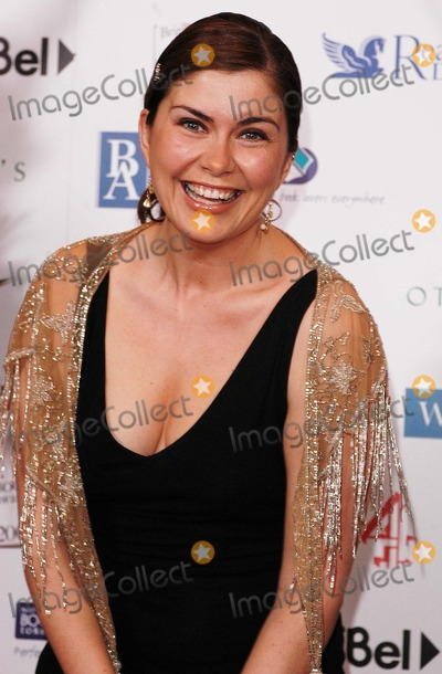 Amanda Lamb Photo - London Amanda Lamb at the British Book Awards 2005 at Grosvenor House Park Lane20 April 2005Ali KadinskyLandmark Media