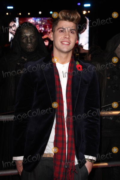 Aiden Grimshaw Photo - London UK  111110Aiden Grimshaw at the World Premiere of the film Harry Potter and the Deathly Hallows Part 1 held at the Odeon Cinema Leicester Square11 November 2010Keith MayhewLandmark Media