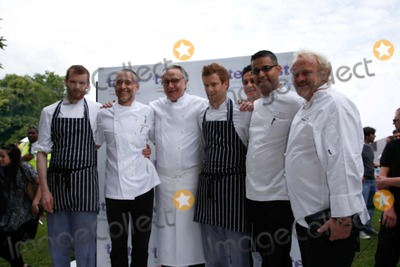 Antony Worral-Thompson Photo - London UK   Celebrity chefs  L-R Unknown Michel Roux Alain Ducasse  Tom Aiken  Atul Kochhar   and Antony Worrall Thompson at the  Taste of London  food and drink festival in Regents Park London 18th June 2009Rafe CookLandmark Media