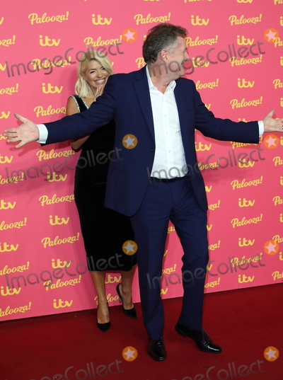 Hollies Photo - London UK Holly Willoughby and Piers Morgan at ITV Palooza 2019 at the Royal Festival Hall South Bank London on November 12th 2019Ref LMK73-J5781-131119Keith MayhewLandmark MediaWWWLMKMEDIACOM