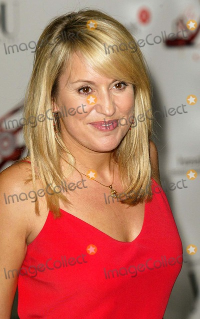 Nicki Chapman Photo - London TV presenter Nicky Chapman at the Art Of Fashion a charity event in aid of Breast Cancer Research held at the Savoy Hotel1st July 2004pictures by JENNY ROBERTSLANDMARK MEDIA