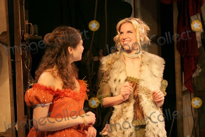 Alexandra Aitken Photo - London Lara Agar Stoby and Alexandra Aitken at a photocall for the Trelawny of the Wells at the Finborough Theatre26 April 2005Paulo PirezLandmark Media