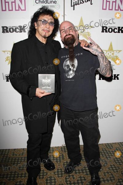 Tony Iommi Photo - London  Tony Iommi and Kerry King at the Classic Rock Awards held at the Landmark Hotel Marylebone 5 November 2007Keith MayhewLandmark Media