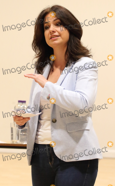 Heidi Allen Photo - Cambourne Cambridgeshire  Heidi Allen MP addresses a Public Meeting in her constituency of South Cambridgeshire at Cambourne Village College todayThe former Conservative MP who left the party to join the new Independent Group was named as the interim leader on 29th March The group is to register as a full political party - to be called Change UK  The Independent Group and contest the upcoming European Parliament elections Cambourne Cambridgeshire UK on Saturday March 30th 2019 RefLMK73-S2310-300319 Keith MayhewLandmark Media WWWLMKMEDIACOM