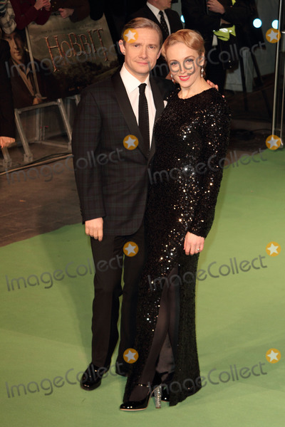 Amanda Abbington Photo - London UK 121212Martin Freeman and Amanda Abbington at The Royal Film Performance 2012  of The Hobbit An Unexpected Journey  held at the Odeon Cinema Leicester Square12 December 2012Keith MayhewLandmark Media
