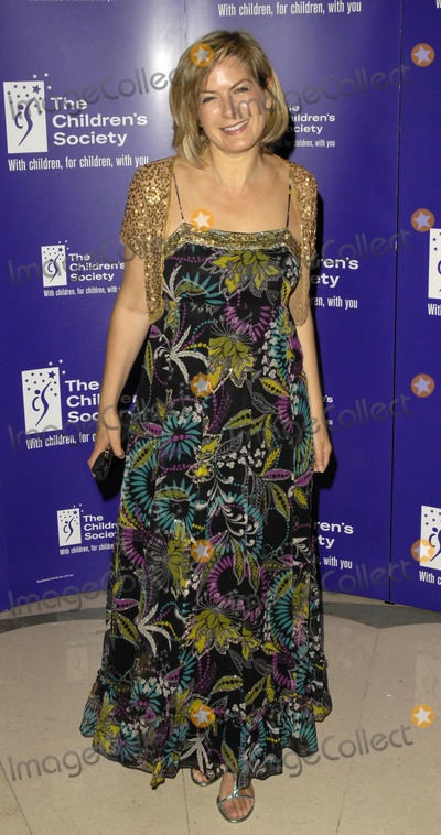 Penny Smith Photo - London UK Penny Smith arriving at the Childrens Society Fairytale Ball at Claridges Central London 16th May 2007Can NguyenLandmark Media