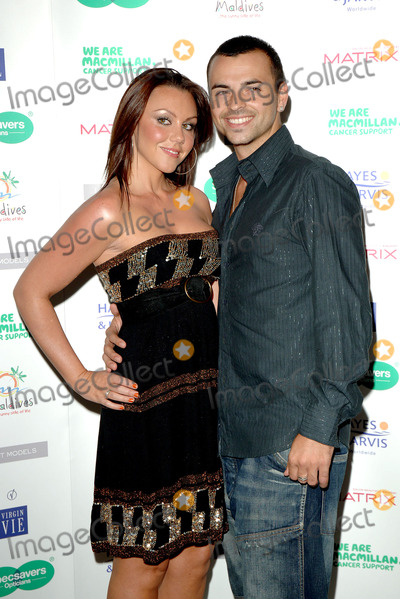 Andy Scott-Lee Photo - London Michelle Heaton and Andy Scott Lee at the Specsavers Spectacle Wearer of the Year 2006 Grand Final held at the Waldorf Hilton in London03 October 2006Eric BestLandmark Media